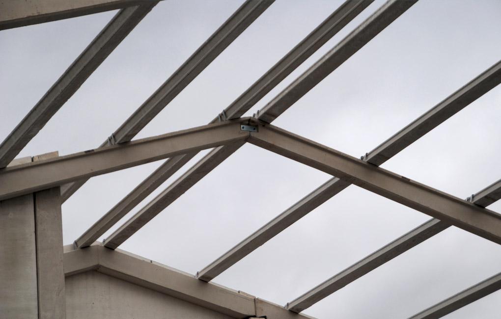 Instalaciones de Manipulación de planta de vid - Montaje Estructura 2 Cubierta
